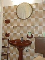 Apartments Nada, Orebi�, Peljesac, Croatia - bathroom